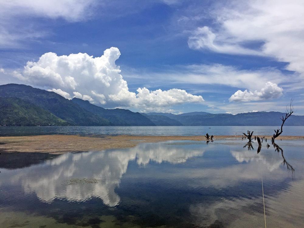 lake-atitlan-landscape