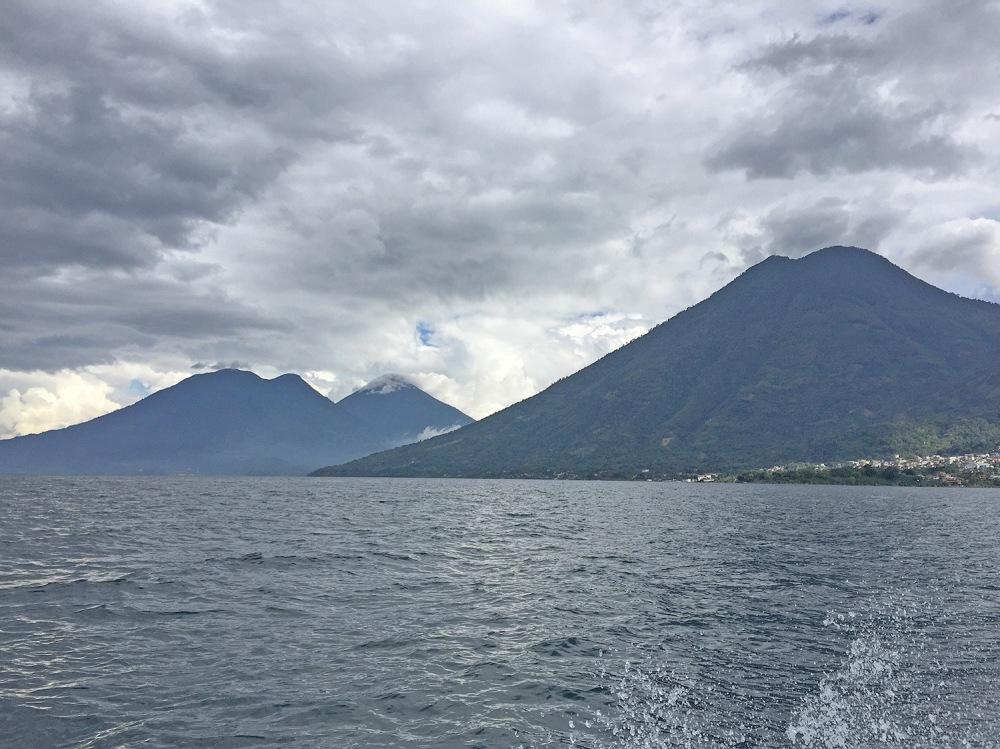 lake-atitlan-volcanos